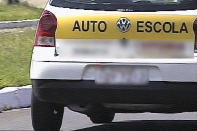 Veículo de autoescola é flagrado em alta velocidade na Capital Divulgação, Prefeitura/