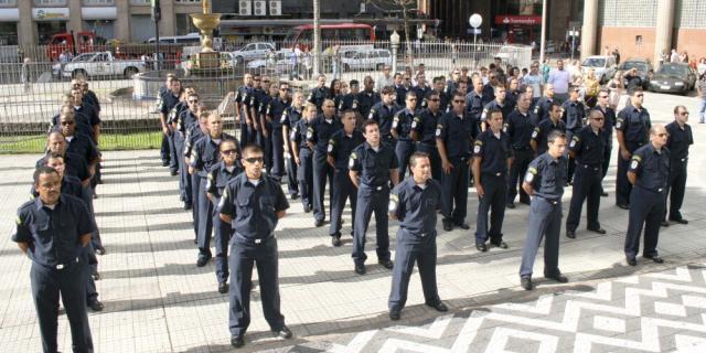 Guarda Municipal forma primeira turma com agentes habilitados a usar armas de fogo Ricardo Giusti/DivulgaçãoPMPA