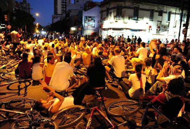 Movimento Massa Crítica projeta mil participantes em passeio ciclístico nesta sexta-feira Mauro Vieira/