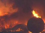 Os desastres causaram um incêndio em refinaria na cidade de Ichihara