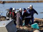 Militares encontraram mais de 300 corpos em porto de Rikuzentakata no sábado (12)