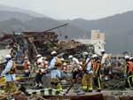 Buscas por sobreviventes seguiram durante essa terça-feira no Japão