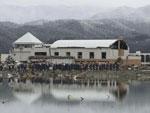 A polícia japonesa procurava por sobreviventes na cidade de Rizuzentakata, no norte do país