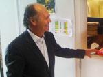 Falcão reencontrou o roupeiro Gentil Passos nos bastidores do Beira-Rio