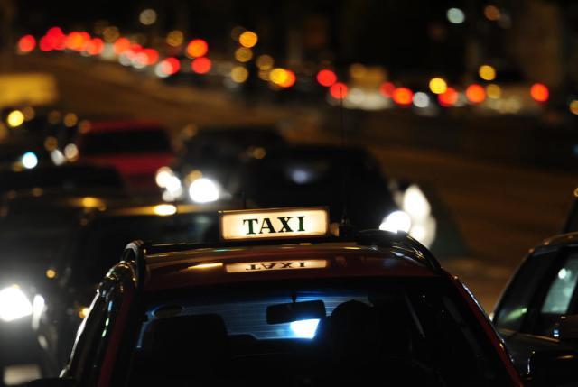 Áudio: ouça a negociação feita por ZH para a compra de placas de táxi Mauro Vieira/Agencia RBS