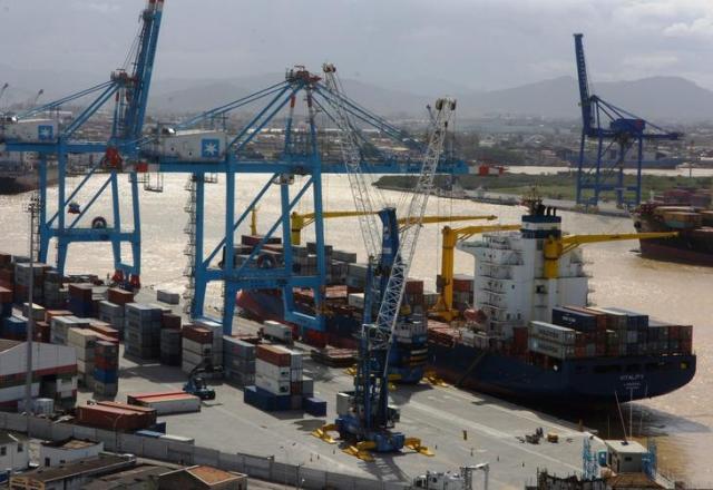 Importações batem recorde e balança comercial tem pior fevereiro em 20 anos Marcos Porto/Agencia RBS