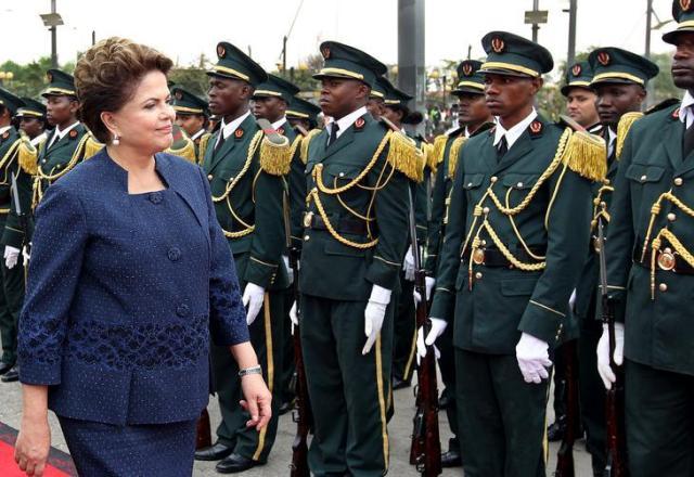 Dilma diz que não se deve comemorar a morte de um líder e que Líbia merece apoio na transição  Roberto Stuckert Filho/ABR