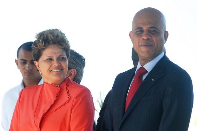Em Porto Príncipe, Brasil e Haiti fecham acordo para deter imigração ilegal Thony Belizaire/AFP