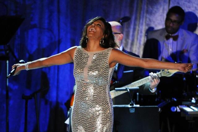 Whitney Houston: nascida para o estrelato, mas vencida pelas drogas Mark Ralston/AFP