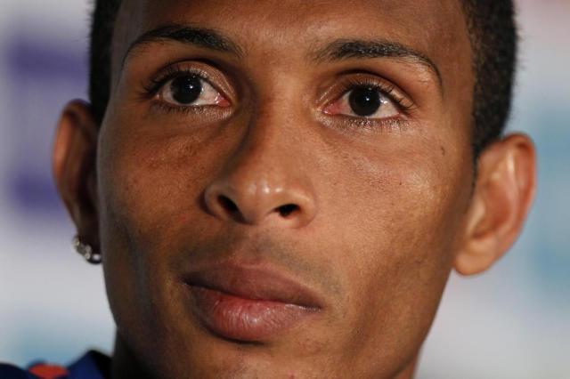 Atacante Liedson, ex-Corinthians, é o novo reforço do Flamengo Armando Franca/AP
