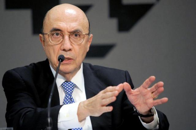 Planalto estuda aumentar impostos sobre combustíveis para fechar as contas Antônio Cruz/ABR