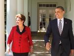 Logo após o almoço oferecido pelo presidente Obama para a presidente Dilma Rousseff na Casa Branca, os dois líderes fizeram uma declaração à imprensa.