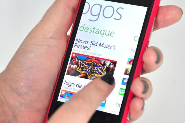 Teste: Nokia Lumia 800 entra na guerra dos smartphones Lívia Stumpf/Especial