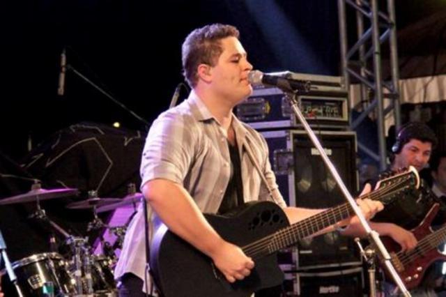 Filho do cantor Leonardo não está mais sedado Reprodução/Site Pedro & Thiago