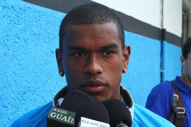 Fernando vê Inter como favorito e fala em cautela para evitar surpresas no clássico Lucas Uebel/Gremio.net