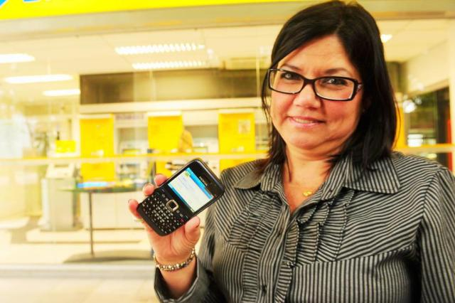Acesso a banco por telefone deve alcançar a internet em sete anos Jean Schwarz/Agencia RBS