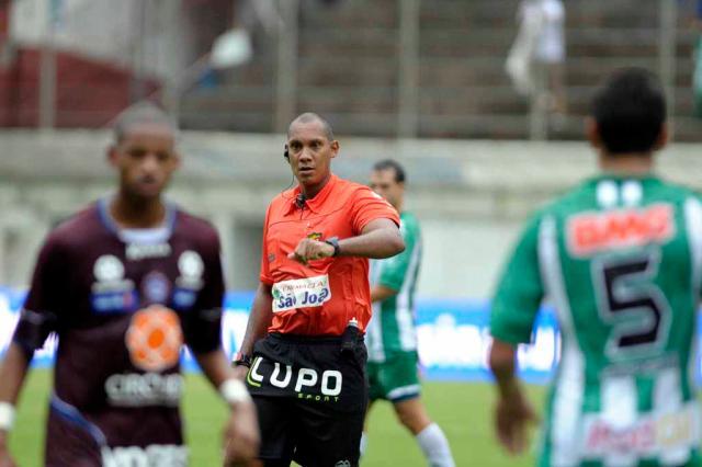 Sorteio na FGF define Márcio Chagas da Silva como árbitro do Gre-Nal 392 Juan Barbosa/