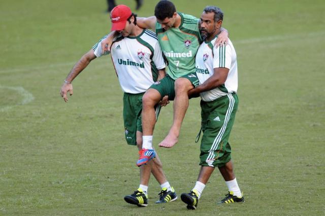 Thiago Neves deixa treino do Fluminense carregado  Dhavid Normando/Photocamera,Divulgação