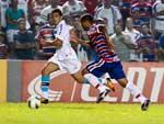 Edilson entrou bem na equipe e fez o cruzamento para o gol de Marco Antônio