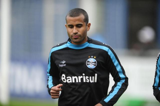 Julio Cesar aguenta coletivo e fará teste com o time sub-23 para voltar ao Grêmio Mauro Vieira/Agencia RBS