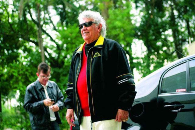 Aos 91 anos, cantor Tinoco morre em hospital de São Paulo Divulgação/