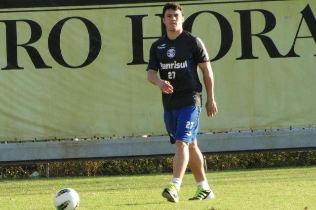 Em fase final de recuperação, Kleber faz treino leve no campo suplementar  Adriano de Carvalho/Agência RBS