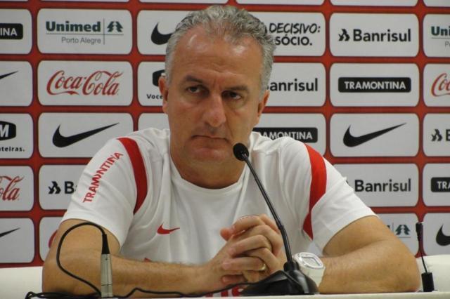 Dorival encara Caso Oscar com cautela e testa três opções de time para a final Guilherme Becker/AgênciaRBS