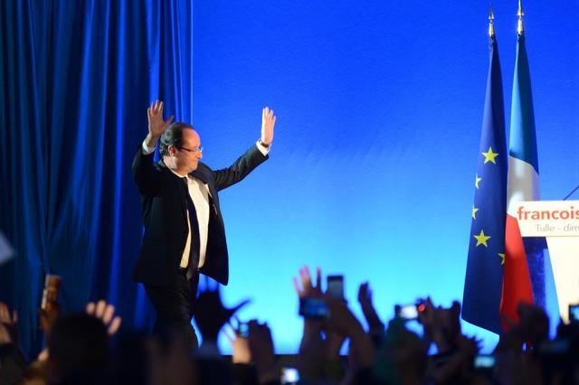 Hollande terá de rever posições, diz cientista político francês PHILIPPE DESMAZES/AFP