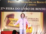 Feira do Livro foi oficialmente aberta na tarde desta quarta com a participação do patrono, Gabriel O Pensador.