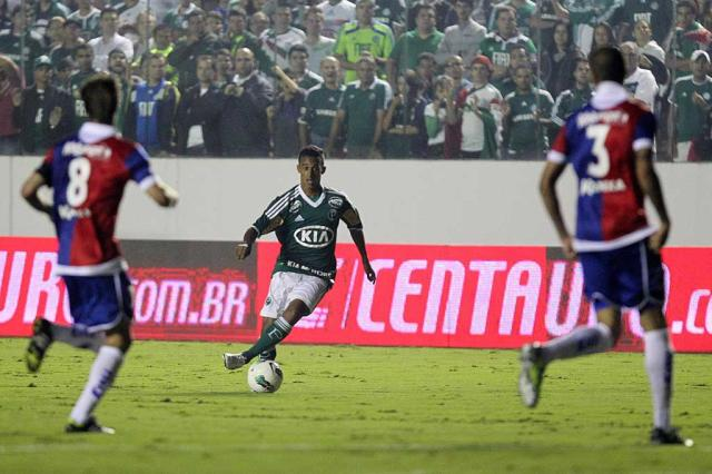Palmeiras goleia e pega o Atlético-PR nas quartas da Copa do Brasil Gaspar Nóbrega/VIPCOMM/