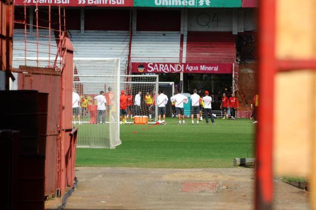Inter esconde treino realizado nesta manhã Emílio Pedroso/Agencia RBS