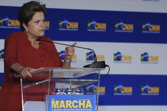 Dilma é vaiada na abertura da 15ª Marcha dos Prefeitos, em Brasília Wilson Dias/A Br