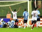 O Bahia abriu o placar com Júnior, ainda no primeiro tempo