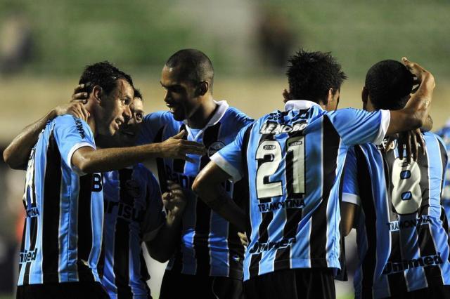 Grêmio joga mais, vira sobre o Bahia e traz vantagem para Porto Alegre Diego Vara/Agencia RBS