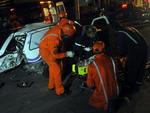 Acidente deixou cinco pessoas feridas pouco depois da meia-noite de quinta-feira (18/05)