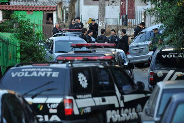 Ao menos 12 são presos em operação contra o tráfico de drogas na Capital Bruno Alencastro/