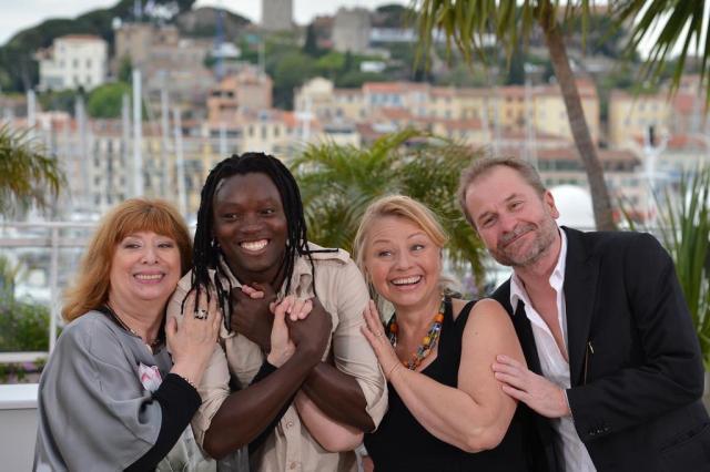 Sátira e turismo sexual estão entre os temas exibidos em Cannes nesta sexta ALBERTO PIZZOLI/AFP