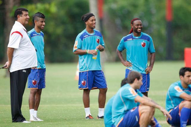 Zinho terá conversa com Ronaldinho e Joel Santana  André Portugal/Vipcomm/