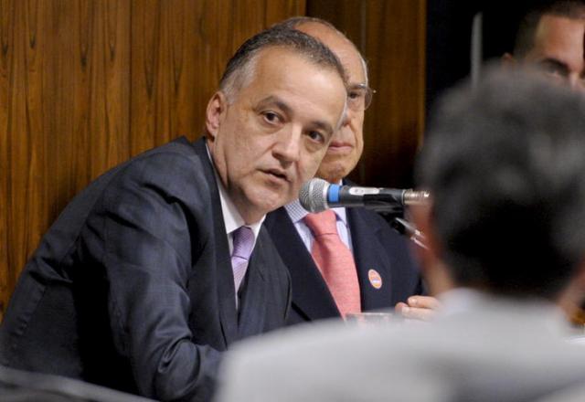 Cachoeira é condenado a seis anos de prisão por contrabando de caça-níqueis Lia de Paula/Agência Senado