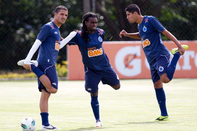 Tinga e Willian Magrão fazem primeiro treino com elenco do Cruzeiro Washington Alves, Vipcomm/