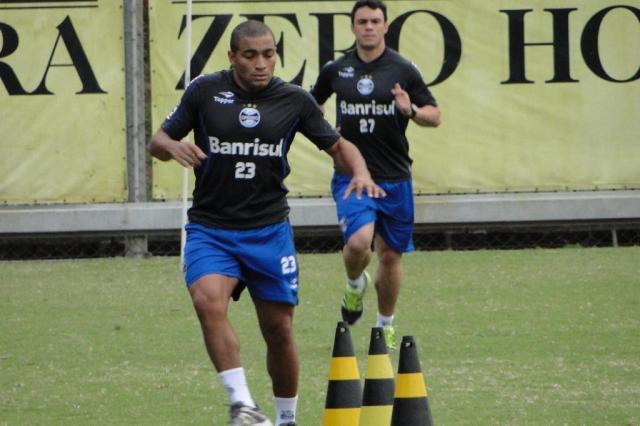 FOTO: Anderson Pico volta a treinar com o grupo do Grêmio no Olímpico Adriano de Carvalho/AgênciaRBS