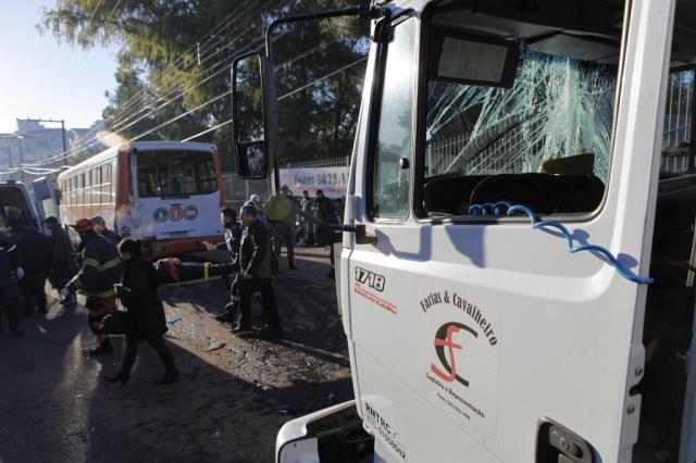 Mais de 20 pessoas se ferem em acidente entre caminhão e ônibus em Santa Maria Germano Rorato/Especial