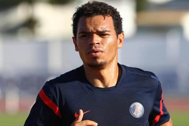 Direção do Inter avalia contratação do lateral-direito Ceará Divulgação, PSG/