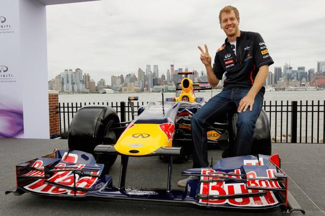 Segundo imprensa italiana, Vettel já teria acordo com a Ferrari para 2014 Mike Stobe,AFP/