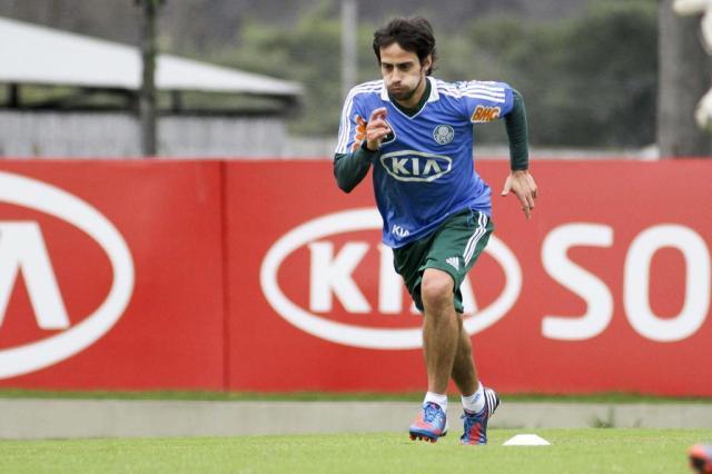Valdívia se recupera de lesão e enfrentará o Inter no sábado Ale Cabral/Lancepress