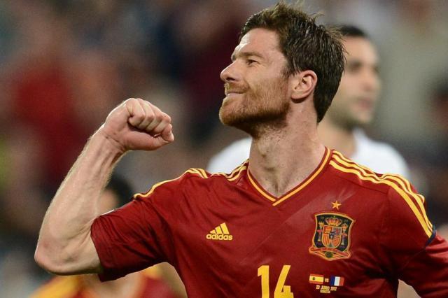 """Xabi Alonso: """"Não há plano anti-Cristiano Ronaldo"""" Franck Fife/AFP"""