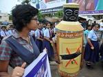Manifestantes foram às ruas na Índia no Dia Internacional contra o abuso e tráfico de drogas
