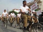Os manifestantes protestaram contra o abuso infantil no tráfico de entorpecentes
