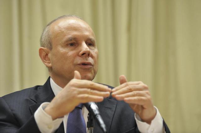 China e Estados Unidos causam instabilidade no câmbio, avalia Mantega Marcello Casal Jr/Empresa Brasil de Comunicacao -