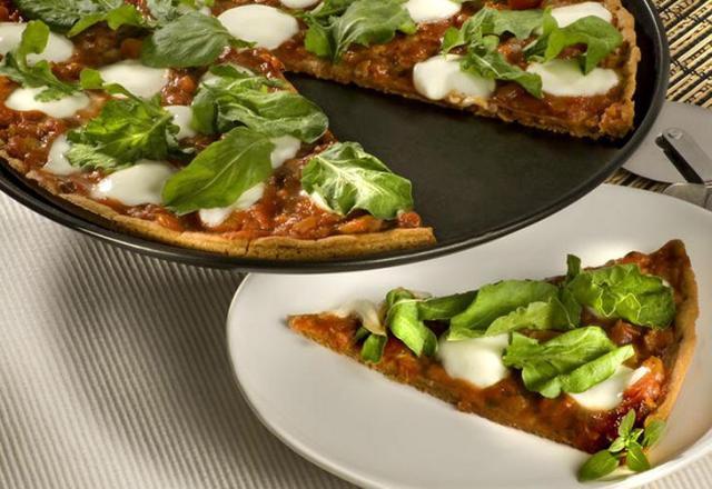Faça uma pizza com massa de biscoito isabela/reprodução